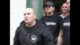 POLICE VS SKINHEADS NAZI FIGHT
