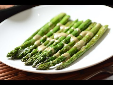 asparagus with creamy mustard onion sauce