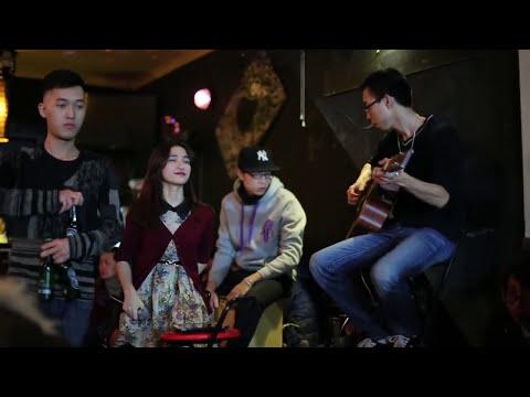 Tình Yêu Màu Nắng - Hoà Minzy , Tùng Acoustic , Týt Nguyễn - Watch out bar 12 Tạ Hiện