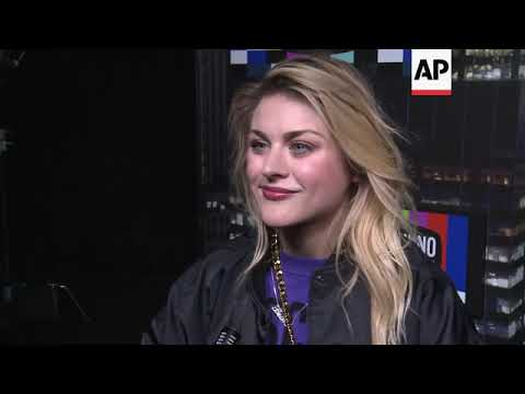 Frances Bean Cobain, Paris Jackson turn out for fashion  of H and M's collaboration with Moschin