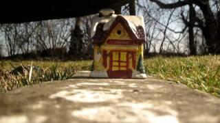 shoe crushes saramic house Thumbnail