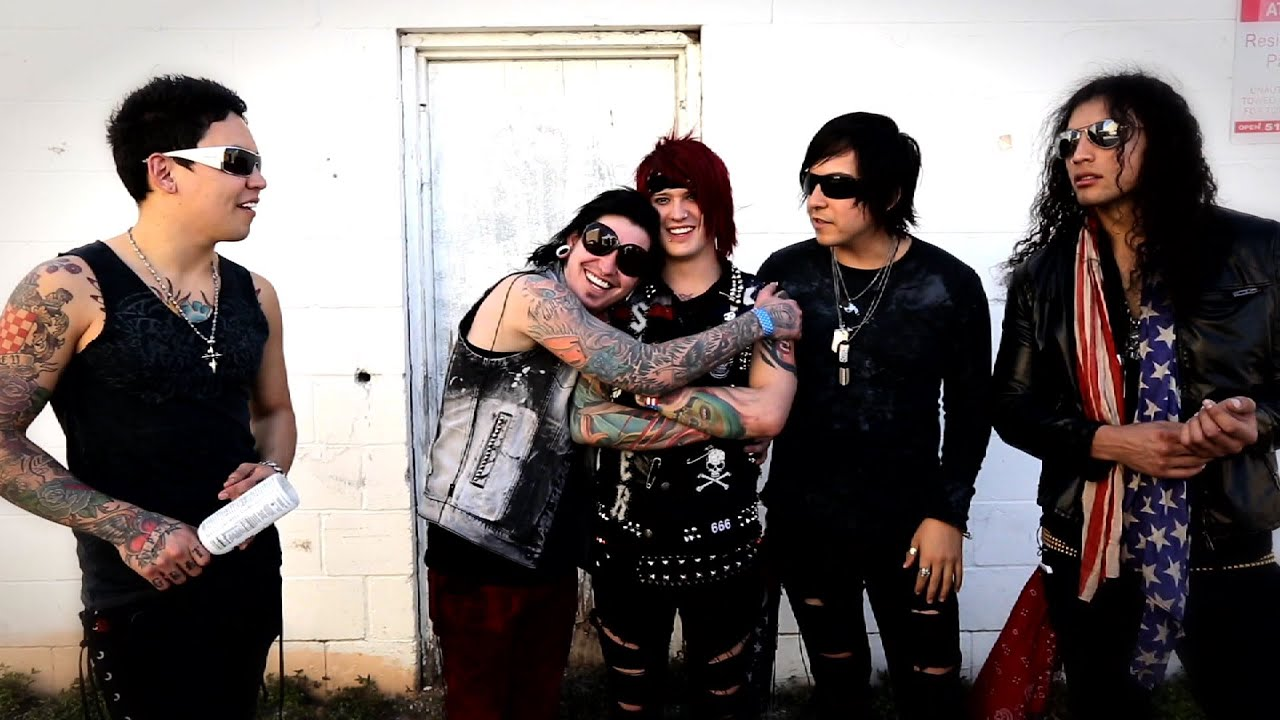 Falling In Reverse Wallpaper Interview Escape The Fate Youtube