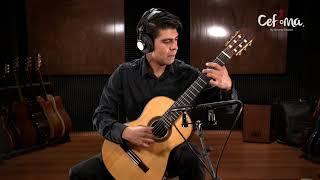 Alejandro Téllez, profesor de guitarra acústica.