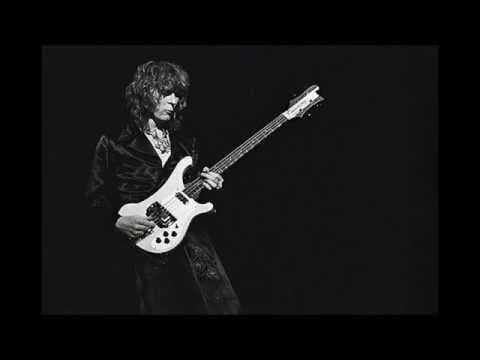 YES / Chris Squire: Heart Of The Sunrise (Isolated Bass)