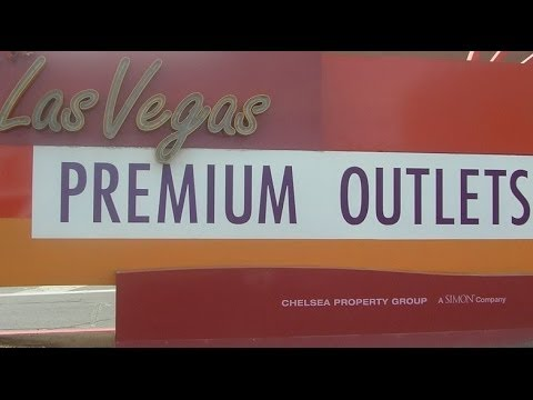 3bc98bab88476c Las Vegas  Premium Outlet Mall - North 拉斯维加斯 购物城 - YouTube