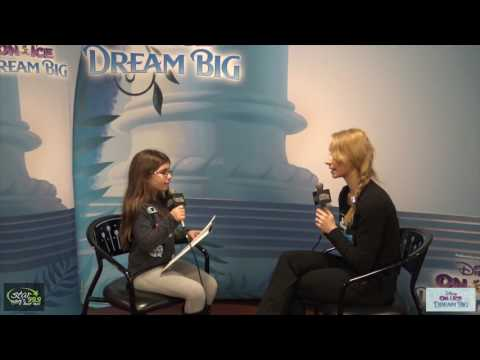 Anna's Daughter Hayden Interviews Rapunzel from Disney on Ice!