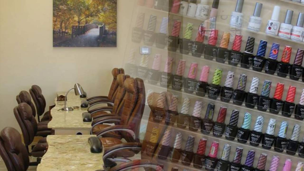 TANGLEWOOD NAILS 5750 WOODWAY DR STE 132 Houston, TX 77057 (148 ...
