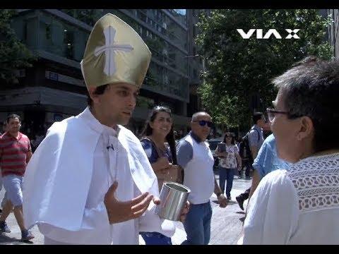 El Papa pidiendo plata en Santiago de Chile