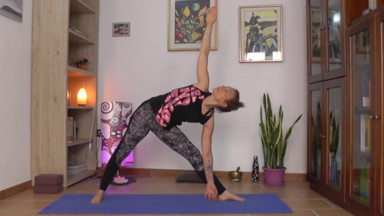 Yoga Per La Salute E Il Benessere Della Schiena Youtube