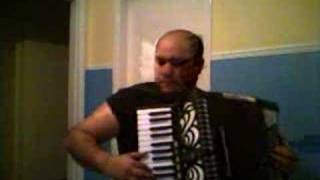 a quai (accordion version)