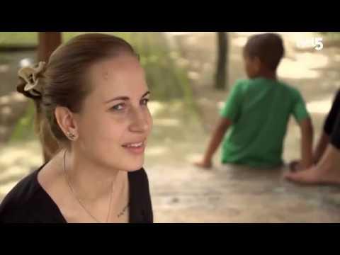 "Peduli Anak in ""Grenzeloos Verliefd"" a Dutch TV programme on NET 5"