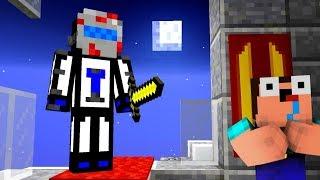 МАНЬЯК ТЕРОСЕР ВЫШЕЛ НА ОХОТУ В 3:00 НОЧИ, ИГРОКИ НЕ МОГУТ УБЕЖАТЬ - Minecraft Murder Mystery