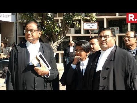 Chidambaram Meets Lawyers At Delhi Residence