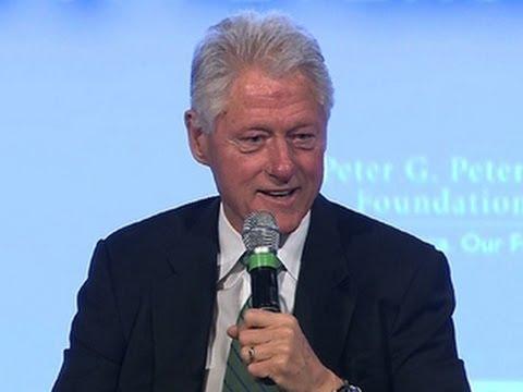 Bill Clinton defends Hillary Clinton against health questions