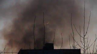 Взрыв и пожар в жилом доме у метро