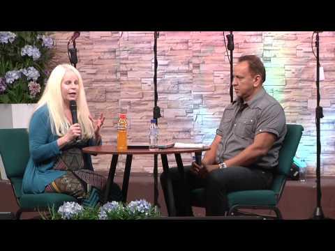 Entrevista la profeta Lisa Smith y el Apóstol Elio Peña