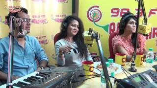 Neha Kakkar, Sonu Kakkar & Tony Kakkar UNPLUGGED for the FIRST TIME at the Radio Mirchi Studio