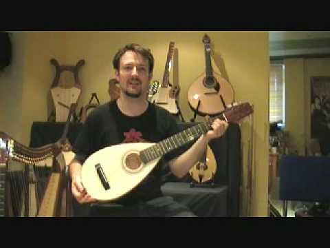 travel guitar - small body - less than one kilogramm