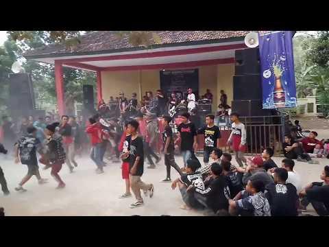 NERAKABILLY live perfrom @THR. Keramat Batang