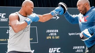 UFC on FOX 24: Jacare Souza Open Workout (Complete) – MMA Fighting