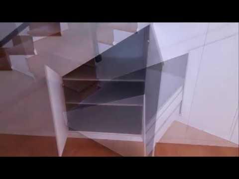 Armarios bajo escaleras youtube for Armarios para escaleras