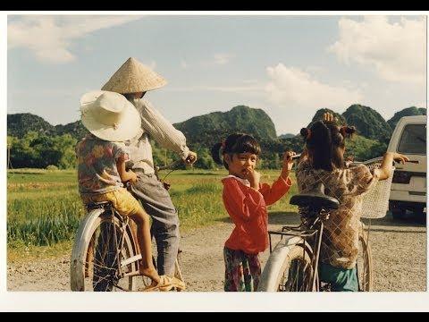 Locomondo - Εκεί που χω ταξιδέψει | Locomondo - Ekei pou xo taxidepsei - Official Video Clip