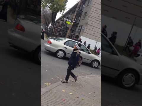 Police ville de montreal arrestation dans Saint Michel hahahaha
