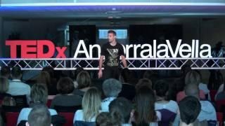 Ser feliz en el mundo líquido | David Rodríguez | TEDxAndorraLaVella