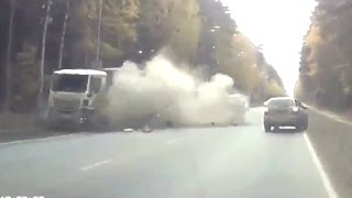 Best truck crashes, truck accident compilation 2016  - Epic Crashes Truck 2016