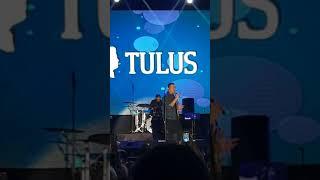 KONSER JATIM FAIR 2018 - TULUS | RUANG SENDIRI - VIRAL