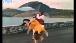 Dhoop Mein Nikla Na Karo Roop Ki Rani