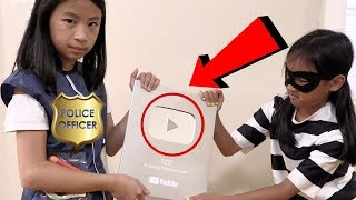 Pretend Play Police Helps Find The Youtube Play Button