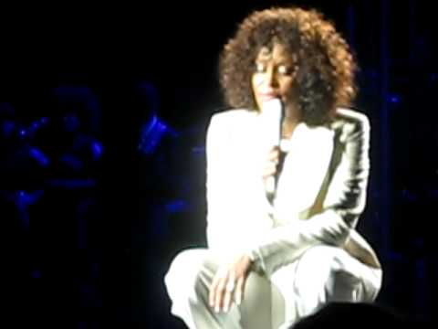 Whitney Houston live onstage singing to daughter Bobbi Kristina in Brisbane