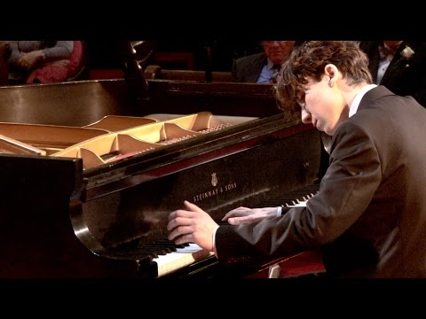 Schumann; Papillons Op.2. Alexei Aceto, piano