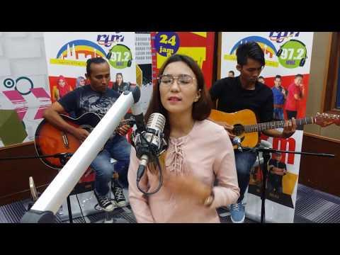 Setia Ku Pasti - Fara Hezel | Jom Jam Akustik | 21 Oktober 2017