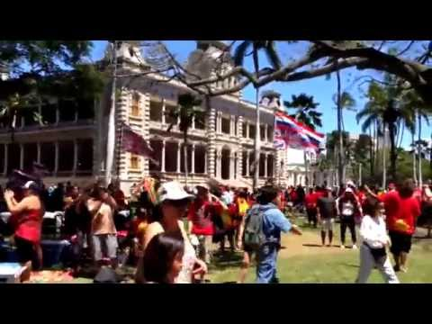 4/12/15 Protect Mauna Kea @ Iolani Palace: An early walk around