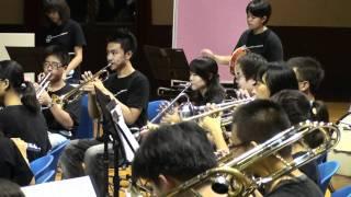 哆啦A夢 - 2010 中正高中管樂社年度音樂會 穿