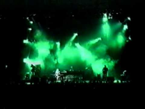 tori amos live madison square garden new york 28-7-1998 part 1 - YouTube