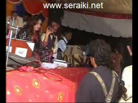 Zakhmi Dil Chupa Ke Royaien Gee