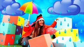 Прикольные видео онлайн - Весёлая Акула строит домик от дождя! - Новые игры одевалки для девочек