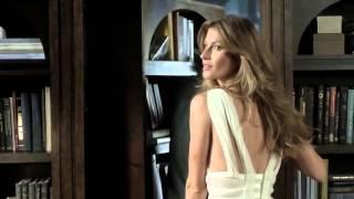 Жизель Бюндхен в рекламе духов Carolina Herrera 212 VIP Rosé