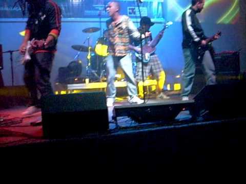 Lougo Mouro - Acasos  Ao Vivo no Festival Niteroi Discos