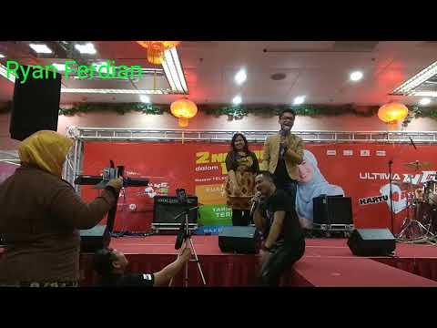 Bebaskan Diriku Armada Band (cover live) Duo eRKa (Taiwan)