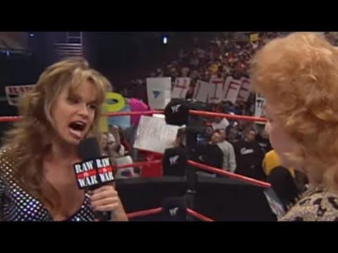 Ivory vs. The Fabulous Moolah - WWE Women's Championship Match: Raw, Oct. 25, 1999