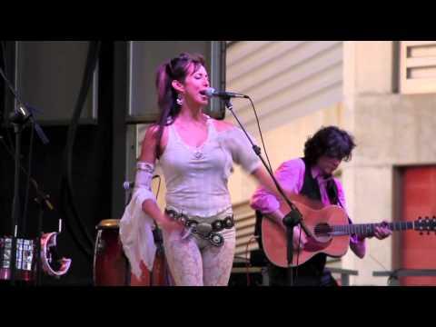 Patricia Vonne - Traeme Paz