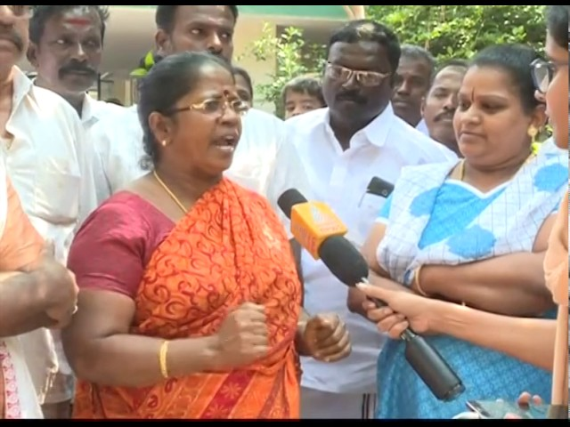 Former Deputy Speaker P. H. Pandian extend support to O Panneerselvam