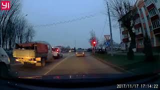 Бывший начальник ГАИ Игорь Назаренко нарушает правила ПДД