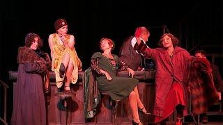 """Театр """"Современник"""" открывает новый сезон на Чистых прудах."""