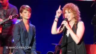 """FIORELLA MANNOIA & ALESSANDRA AMOROSO: """"In Viaggio"""" live - Amiche in Arena"""