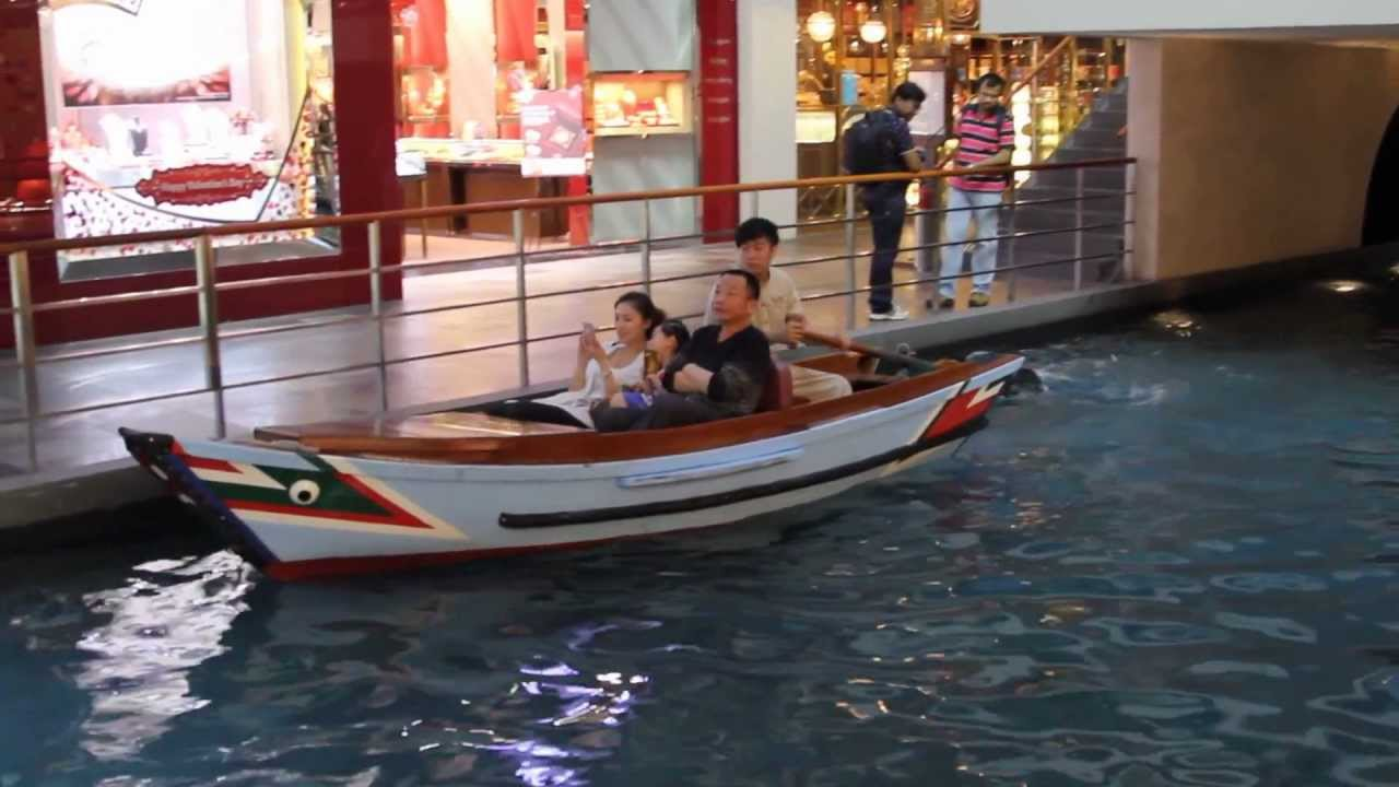 2013 -Sampan Ride -The Shoppes at Marina Bay Sands ...